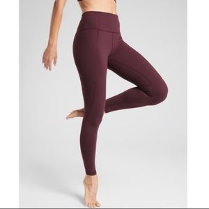 Athleta Pants - Athleta Salutation 7/8 Legging